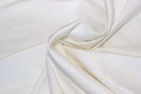 Offwhite cotton sateen (width 162 cm)